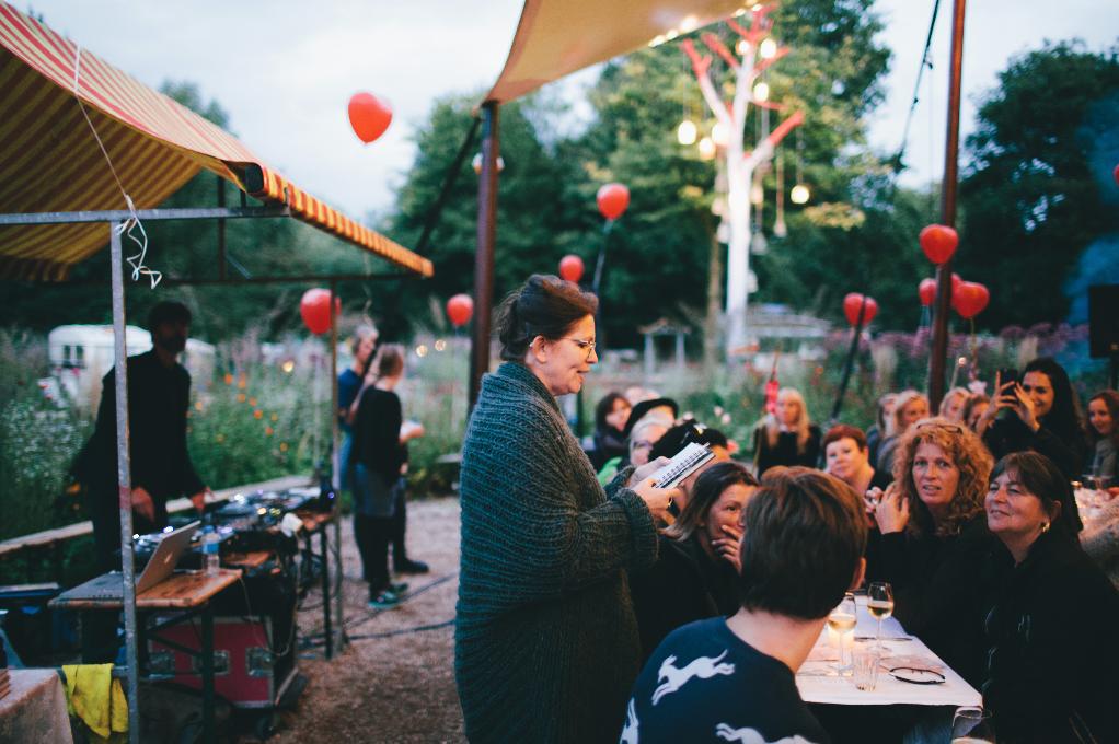 diner dansant anya van de wetering diner dansant boeklancering proef de liefde delievelinge uitgeverij snor