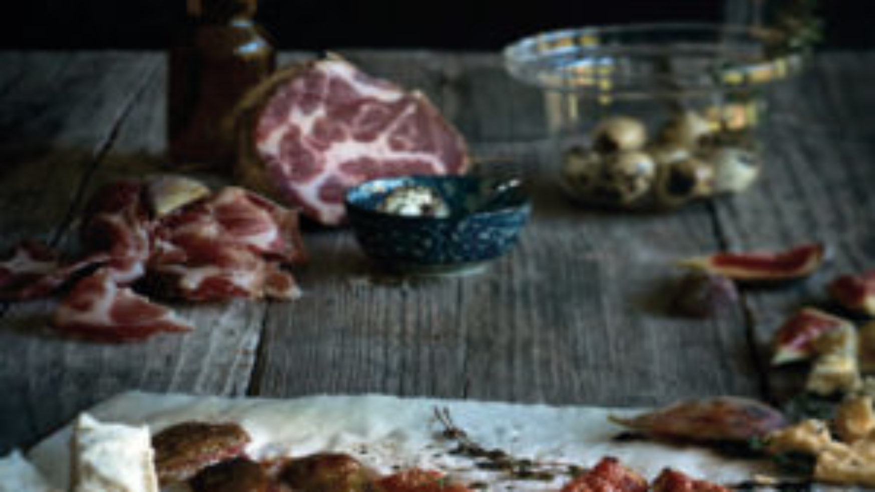 Recept: Vijgen uit de oven met tijm, kaas en coppa di Parma